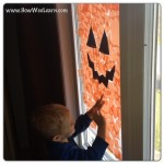 Easy Preschool Halloween Decorations: Jack-o-Lantern Windows