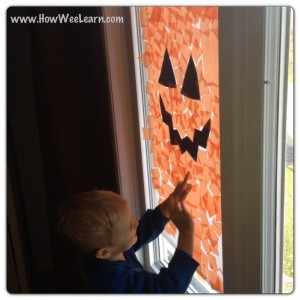 Easy Preschool Halloween Decorations: Jack-o-Lantern Windows