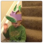 5 minute Dinosaur Crafts for Kids: Bobbling Dinosaur Hats