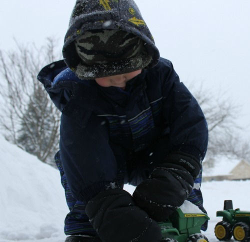 outdoor preschool snow activity