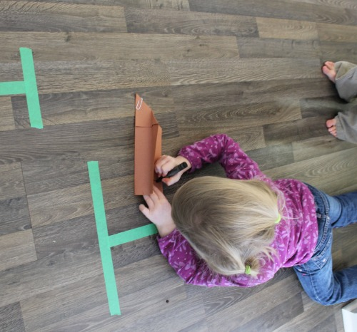 how we learn by printing letters after identifying them