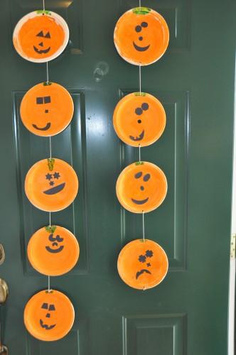 Paper Plate Jack-O-Lantern u0026 Easy Halloween Craft and Activities | Easy halloween Easy and Craft & Paper Plate Jack-O-Lantern u0026 Easy Halloween Craft and Activities ...