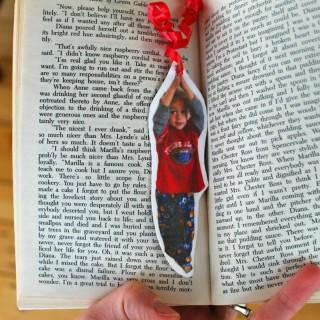 A very sweet DIY Hang On! Bookmark