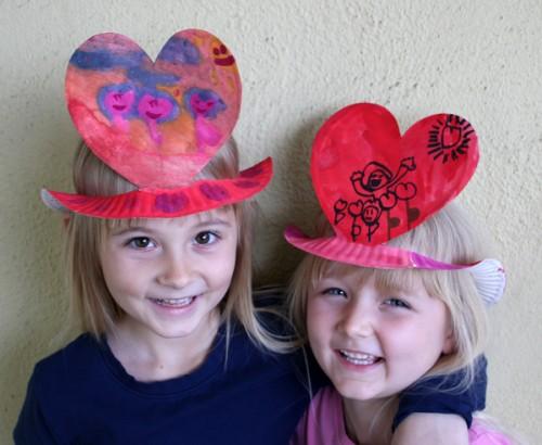 Paper Plate Valentine Crafts For Preschoolers!