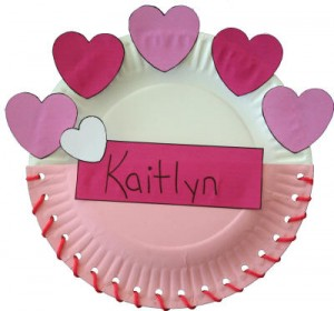 Paper plate valentine crafts - valentine holder
