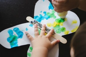 Spring crafts for toddlers - dot art butterflies