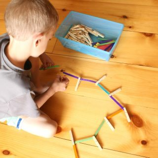 A great quiet time activity. These quiet boxes are perfect for developing fine motor skills and independence.