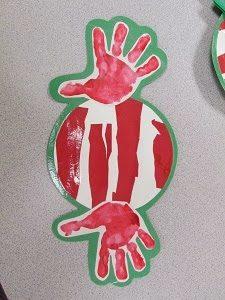 christmas-handprint-art-peppermint