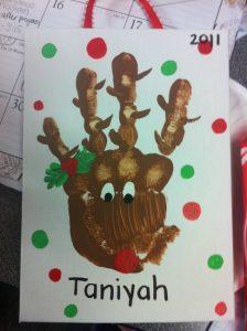 christmas-handprint-art-reindeer-2