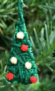 christmas-ornaments-to-make-with-kids-easy-tree