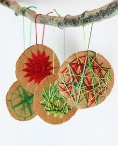 christmas-ornaments-to-make-with-kids-woven-stars