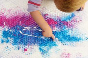 finger-painting-ideas-bubble-wrap
