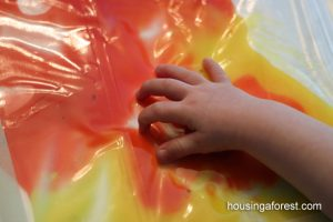 finger-painting-ideas-mess-free
