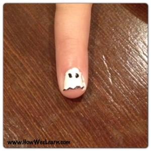 Halloween Nail Art Cute Ghost