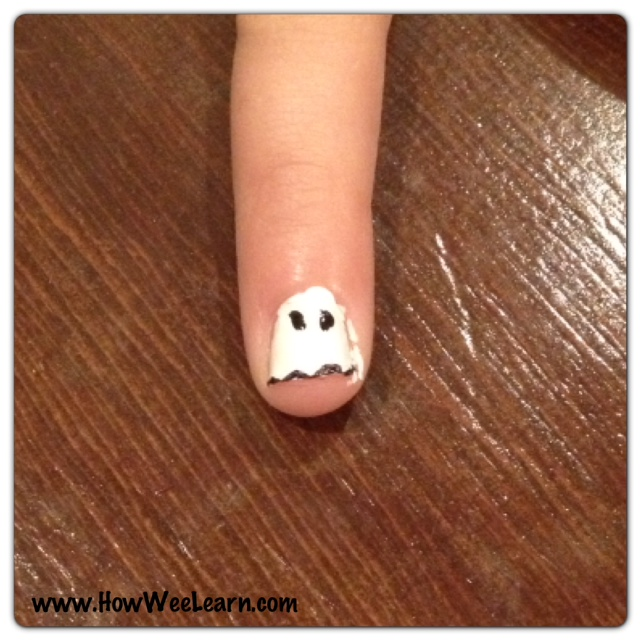 halloween nail art cute ghost