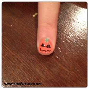 Halloween Nail Art Jack-o-Lantern