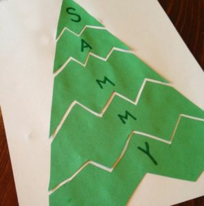 Such a great idea as a preschool Christmas craft project - a name puzzle!