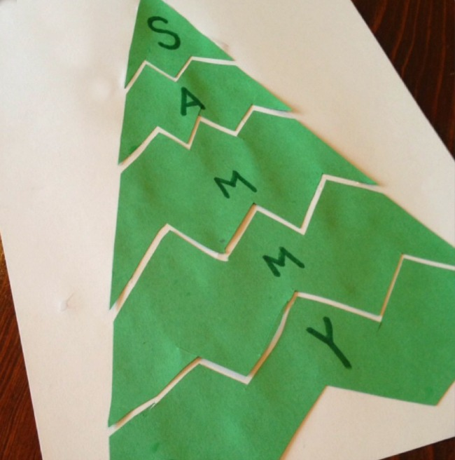 Such a great idea! This name puzzle is perfect for Christmas and it works on scissor skills too.