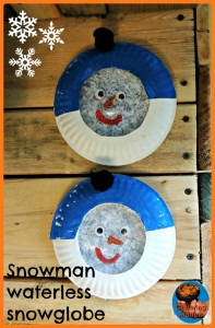 Paper plate Christmas crafts snowglobe