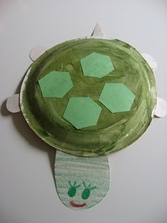 a turtle paper plate craft for kids