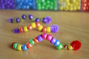 pipecleaner beaded caterpillars for spring crafts