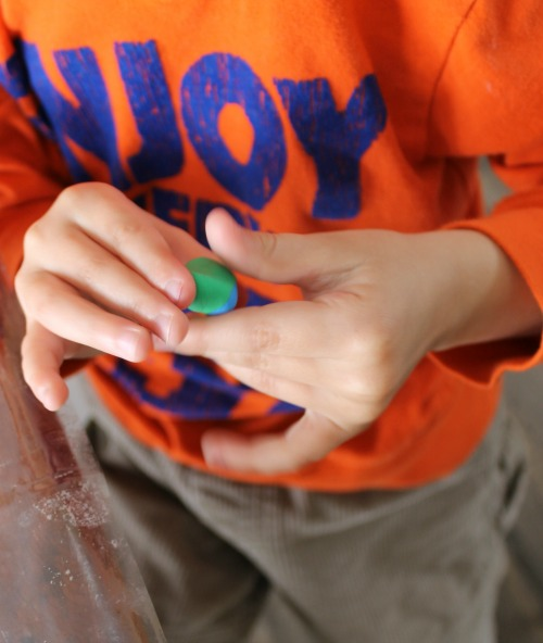how we learn through playing with playdough