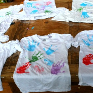 Ideas for making handprint t-shirs!