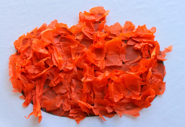 Fall crafts for kids - tissue paper fall pumpkin