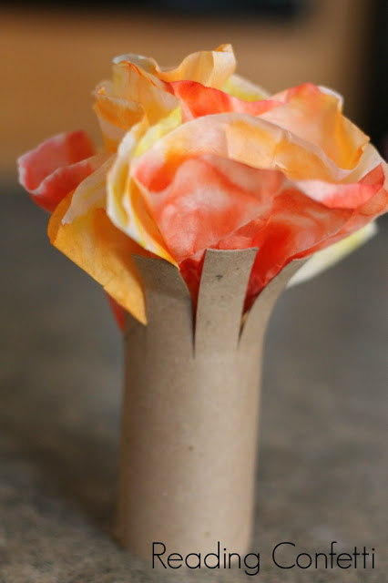 Fall crafts for preschoolers - fall tree craft