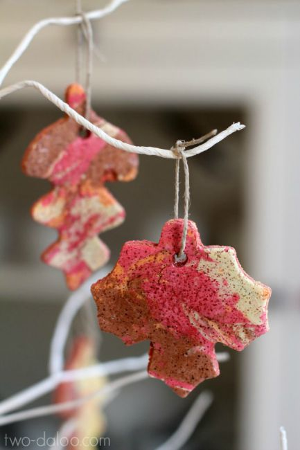 Fall crafts for preschoolers - marbled salt dough ornaments