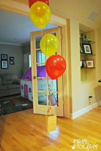 Science experiments for preschoolers - balloons lifting bag