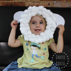Nursery rhyme crafts for toddlers - paper plate sheep mask