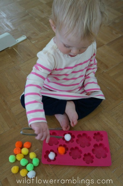 Quiet activities for toddlers - pom poms in ice cube tray