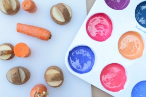 Farm theme activities - veggie printing