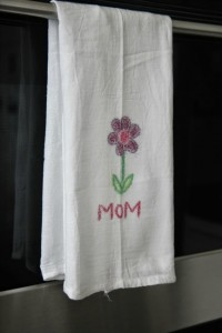 Gifts kids can make - Sandpaper printed towels