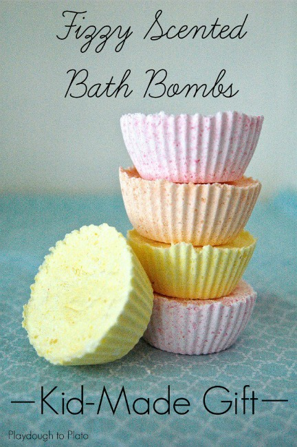 gifts kids can make fizzing bath bombs