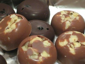 Gifts kids can make - homemade chocolates
