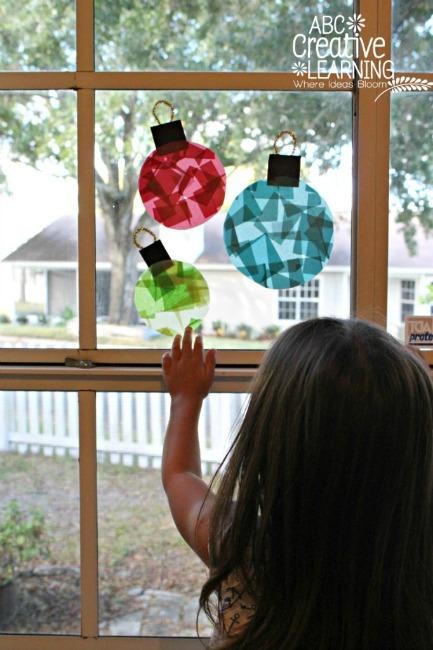 Christmas crafts for kids - cotton ball Santa