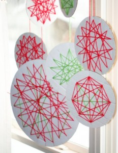 Christmas crafts for kids - string ornaments
