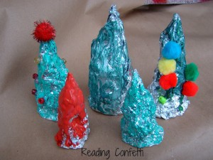 Christmas crafts for kids - tin foil trees
