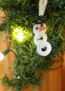 Christmas crafts for kids - washer snowman