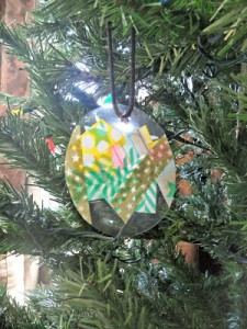 Christmas crafts for kids - washi tape Christmas Ornament