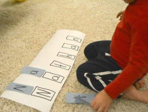 Name activities for preschoolers - mouse shapes names