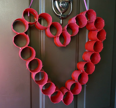 Valentines crafts for preschoolers - cardboard tube heart