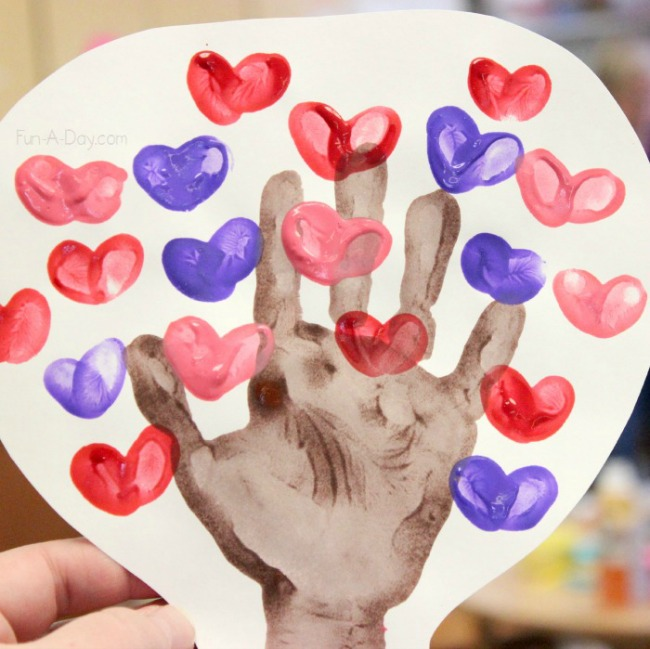 Valentines crafts for preschoolers - heart hand print tree