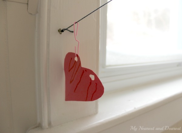 Valentines crafts for preschoolers - heart zipline