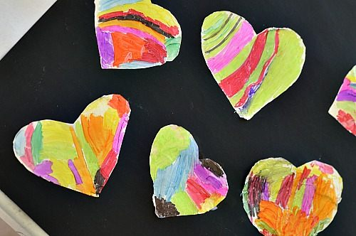 Valentines crafts for preschoolers - shiny hearts