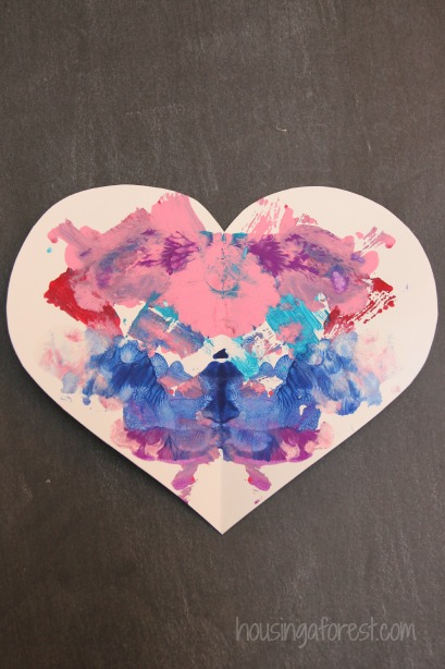 Valentines crafts for preschoolers - symmetry hearts