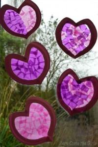 Paper plate valentine crafts - heart sun catchers