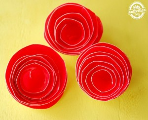 Paper plate valentine crafts - paper plate roses